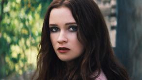 Lena Duchannes (Alice Englert)