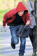 Colton snags Willa's purse
