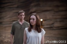 Jake Abel as Ian O'Shea and Saoirse Ronan as Melanie Stryder - image at The Host Movie Fans