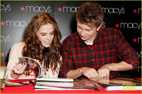 thomas-mann-beautiful-creatures-signing-glow-magazine-feature-20