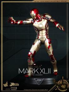 mark-xlii-hot-toys-iron-man-3
