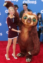 blake-lively-premiere-the-croods-16