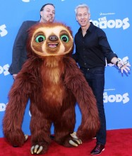 micco-sanders-premiere-the-croods-02