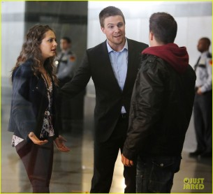 arrow-stills-040813-06