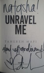 tahereh-mafi-autograph